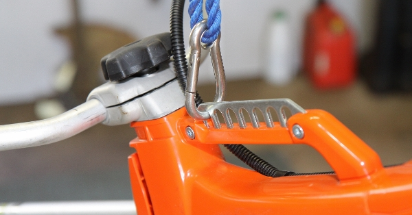 Echo SRM420TESU - Front hitch point still does not balance this brush cutter (600x314)
